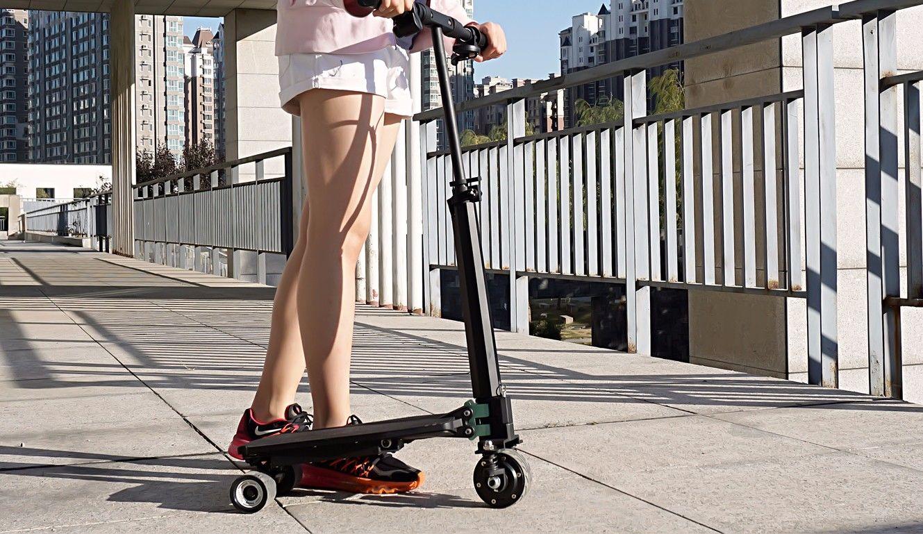 【速度20km】カバンに入れて持ち運べる「電動スクーター」