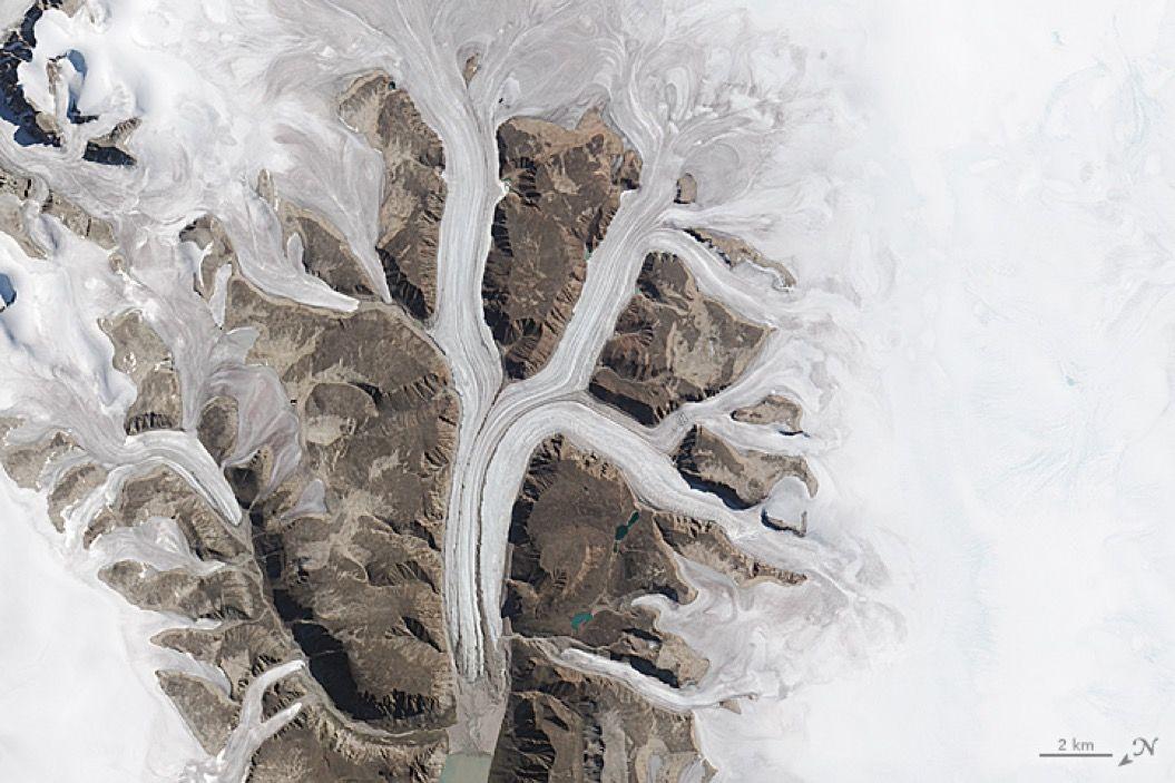 地球が描いた「A〜Z」をNASAが衛星写真で公開。遊び心が楽しい・・・