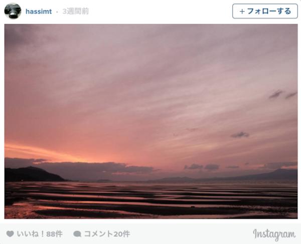 年に数日だけしか見れない。熊本県にある「御輿来海岸」の干潟と夕陽のコラボが神秘的