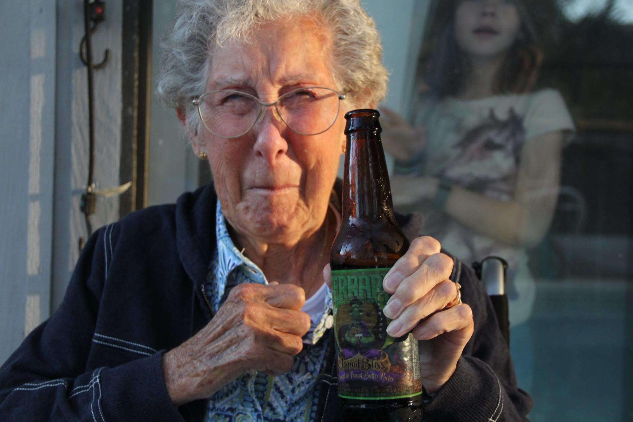 がん治療の道を選ばず「自由の旅」に出た、90歳のおばあちゃん