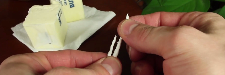 緊急時にも役立つ!超簡単「バターキャンドル」の作り方