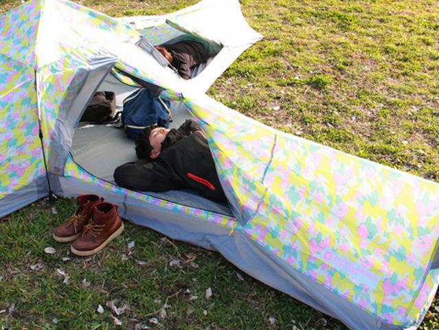 【世界初】まるで秘密基地のような「十字型テント」に、ワクワク感が止まらない!