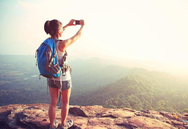 週給約22万円!NetflixがInstagramを使って「旅するカメラマン」を募集