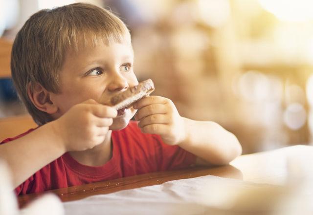 朝食抜きvs朝食2回。さて、太りやすいのはどっち?