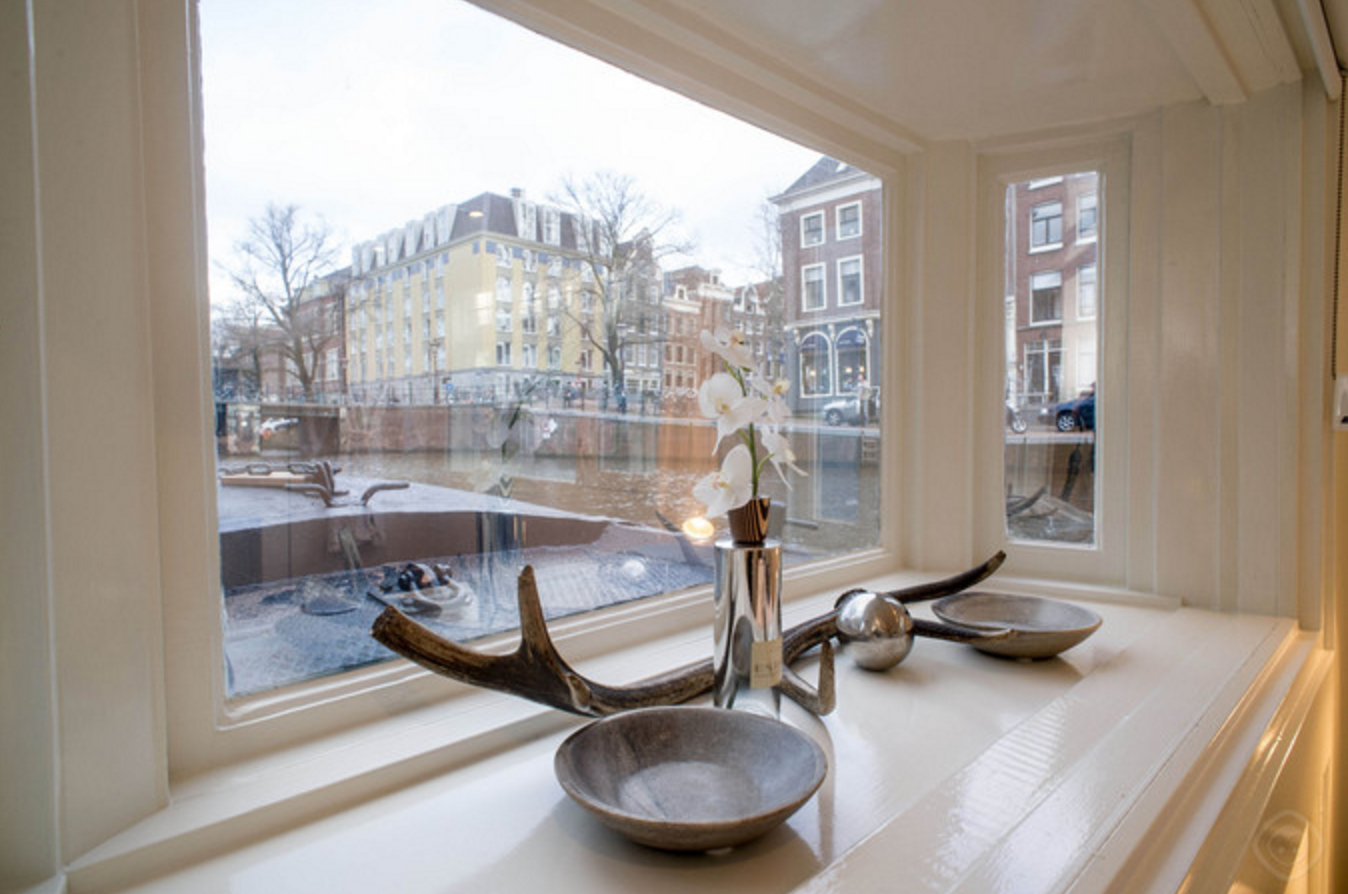 宿泊先を「水の上」にするくらいじゃなきゃ、アムステルダムは楽しめない!