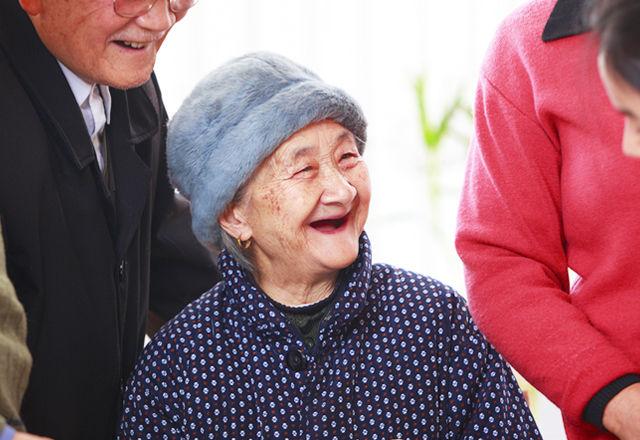 【トンデモ法案】年老いた両親に会わないと・・・経済制裁が!?