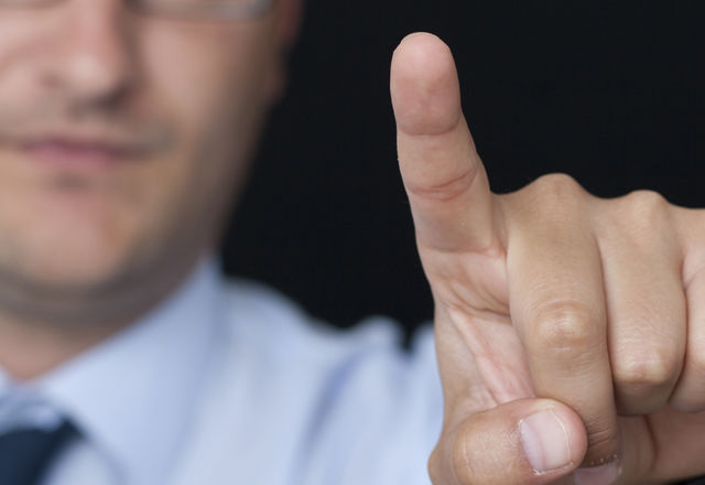 外国人客は「指紋」でショッピング可能に!?しかし、海外では賛否両論・・・