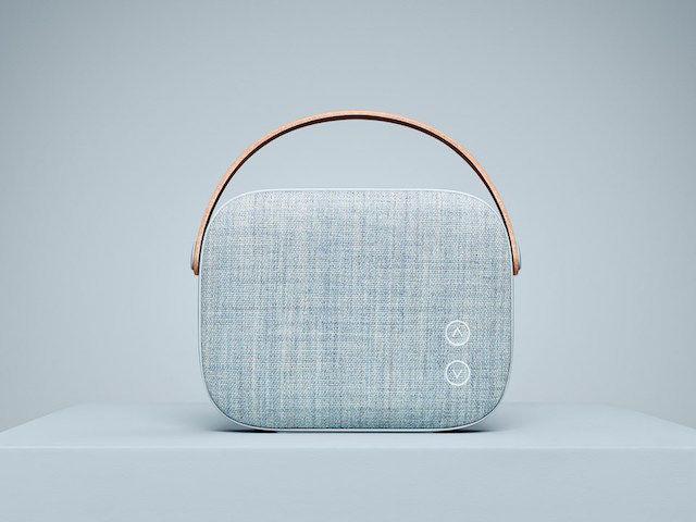 まるでハンドバッグ!北欧発の可愛いすぎるスピーカー「Helsinki」