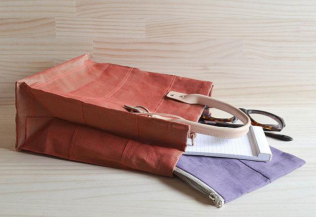 岡山はデニムや帆布だけじゃない! 意外な素材で作ったバッグの実力とは?