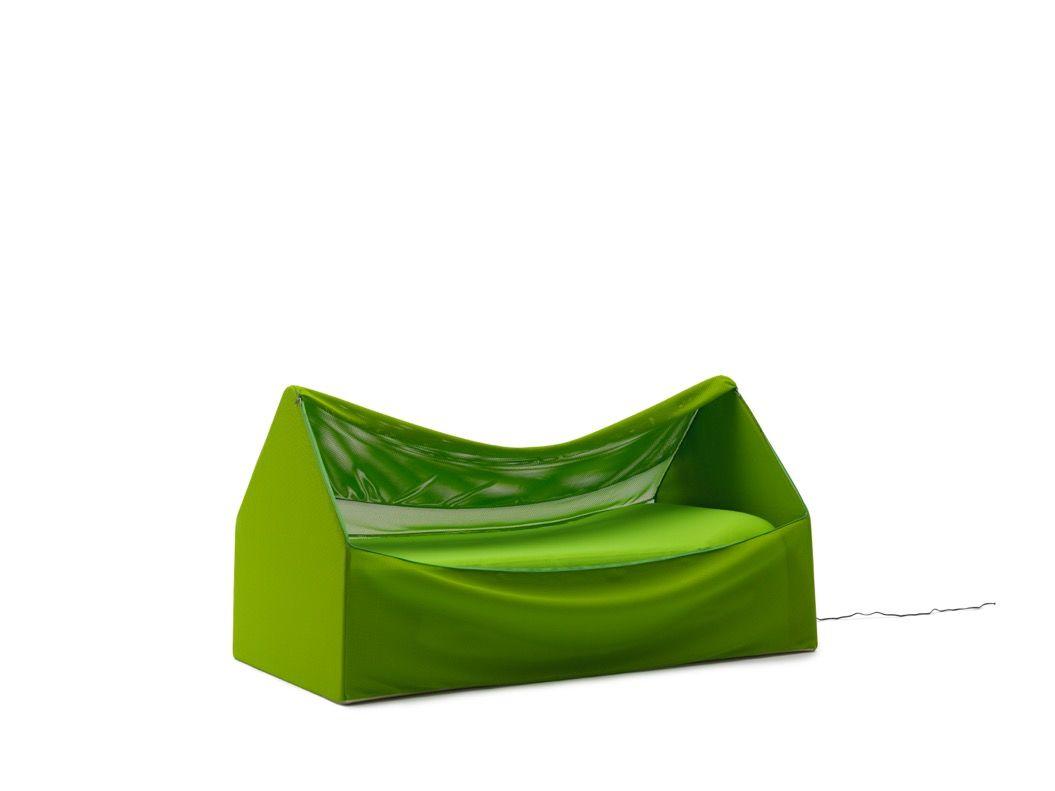 畳めばバッグに入っちゃう!「本気のお昼寝」用モバイルベッドが登場