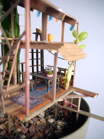 観葉植物で作る「ミニチュアツリーハウス」が可愛いすぎ♡