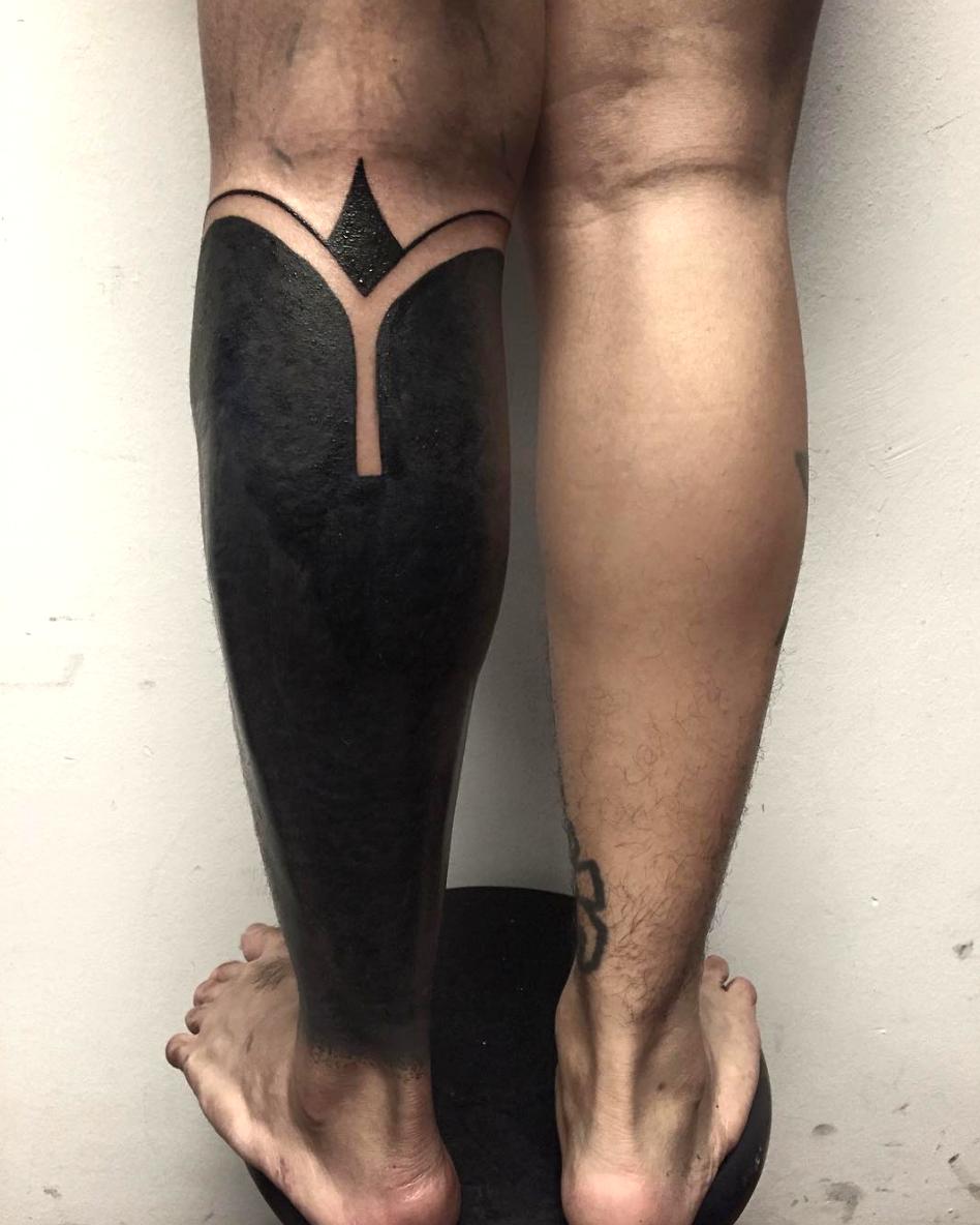 タトゥーでタトゥーを消すという発想。シンガポール発、大胆すぎる「ブラックアウト」