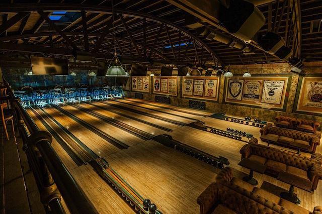世界一かっこいい「ボーリング場」はこちらです。