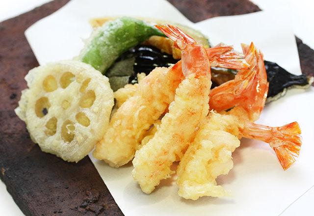 天ぷらをサクッと揚げるなら、小麦粉じゃなくて・・・
