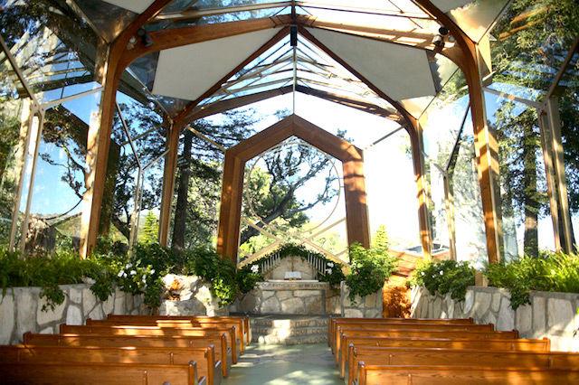 LA近郊の丘陵に建つ「ガラスの教会」。設計は日本にゆかりある、あの巨匠の息子