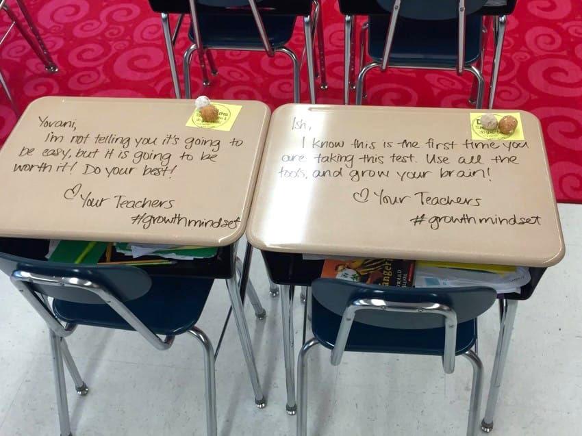 生徒の机に落書き!?先生らしからぬ行動に「賞賛の声」が集まるワケ