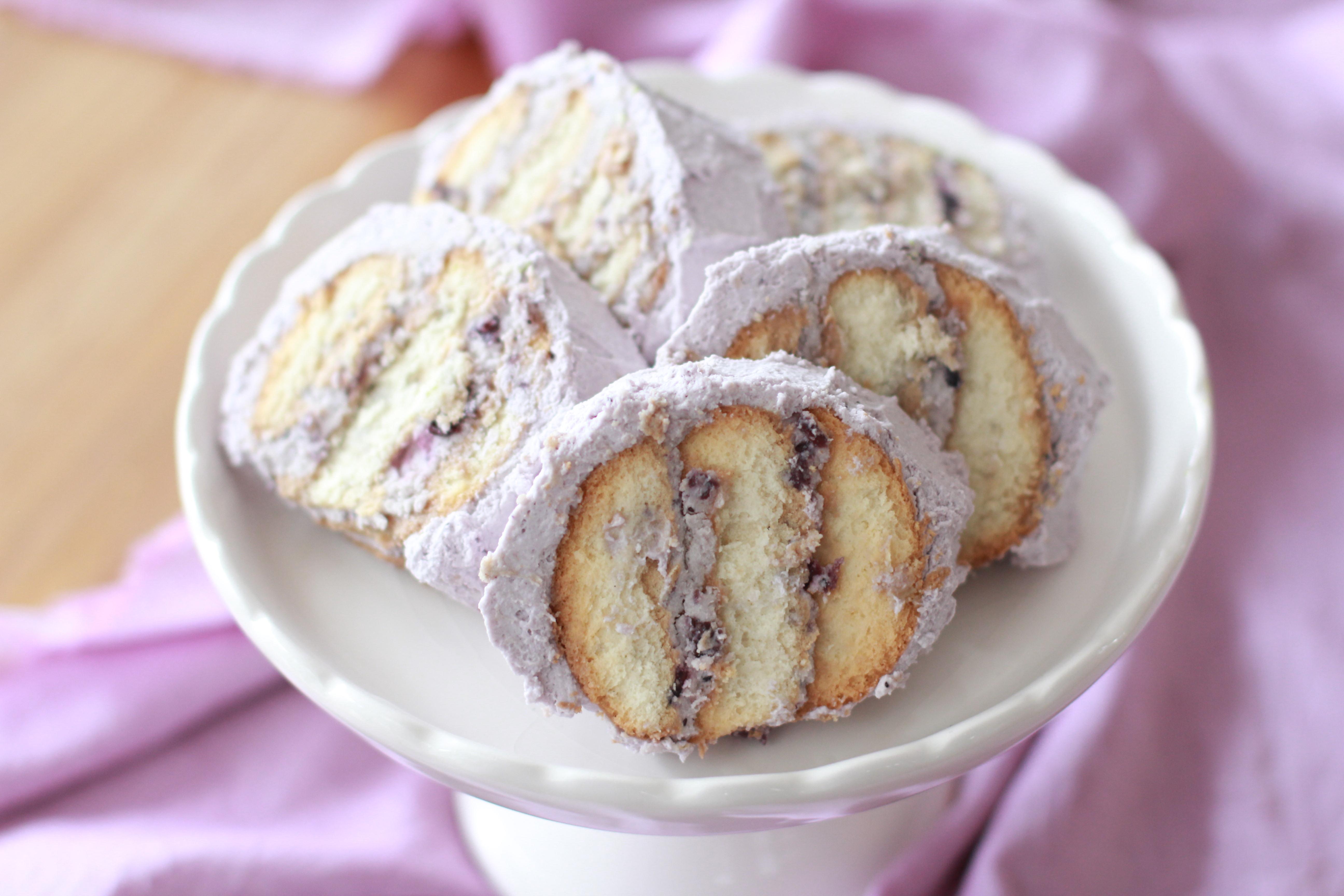 重ねて塗るだけ! 大人気の「ビスケットケーキ」3選