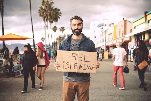 アナタのお話聞きます。LA発のムーブメント「FREE LISTENING」で思い出す、人とのつながり