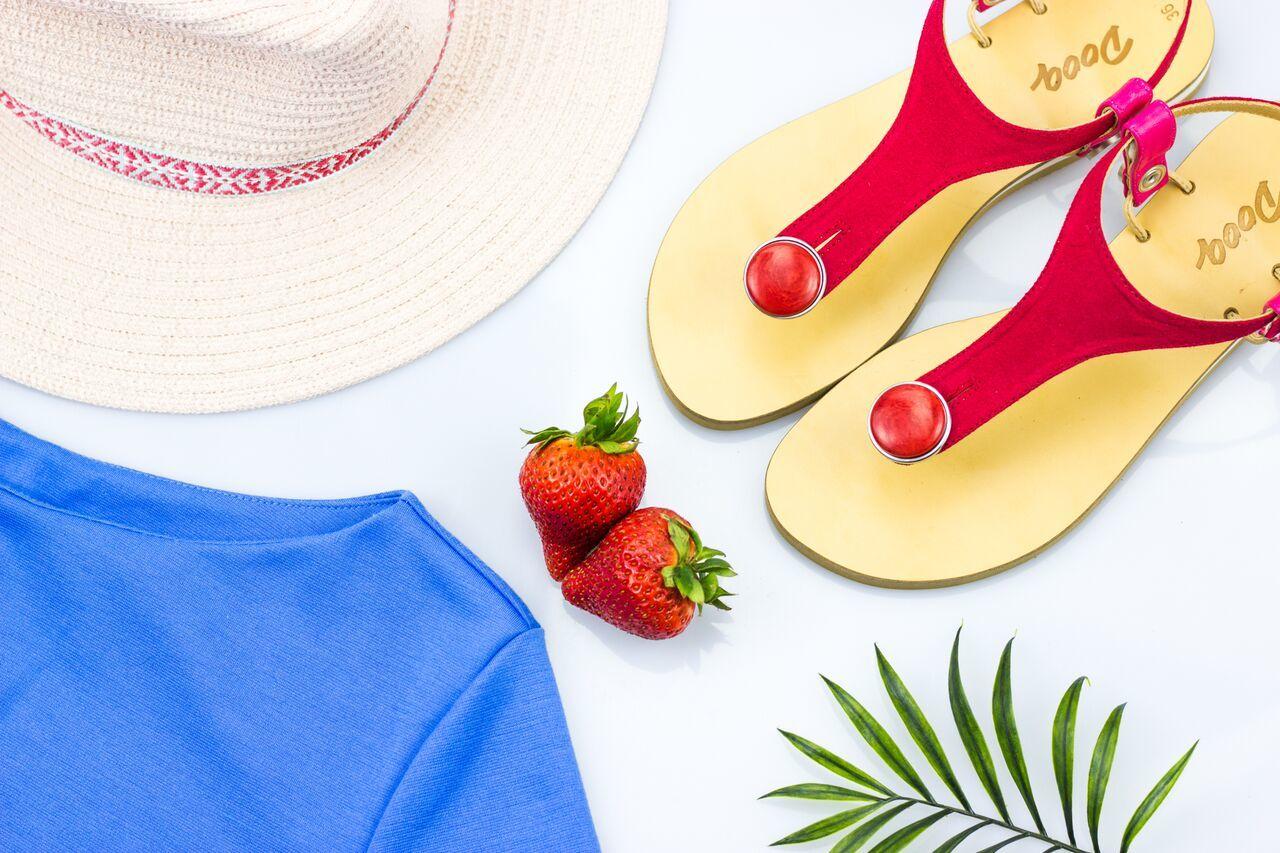 全21色!「着せ替えできるサンダル」でカラフルな夏を楽しもう