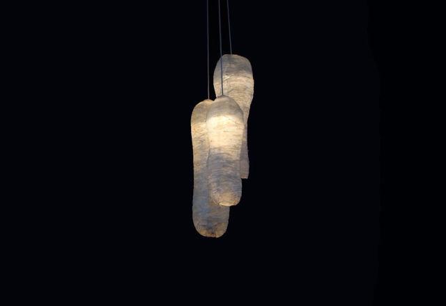 「廃棄されたベーコン」が花瓶やランプに。これが、アーティストからの問題提起のカタチ