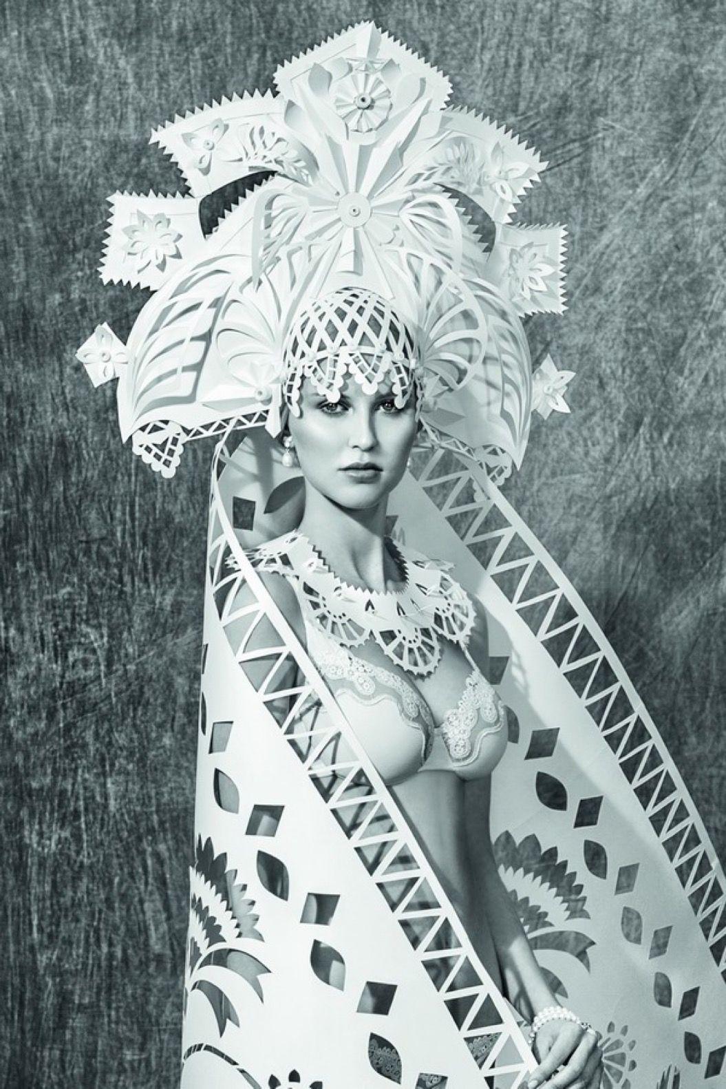 美しい世界のウエディングドレス。驚きの素材は・・・?