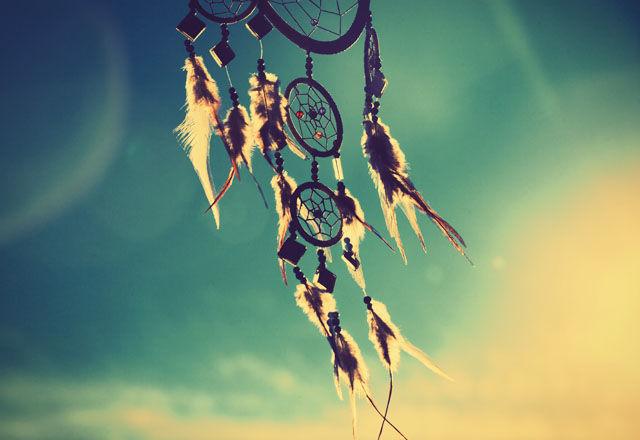 心に残る、ネイティブ・アメリカンの言葉21選。「知識は過去。 知恵は未来だ」