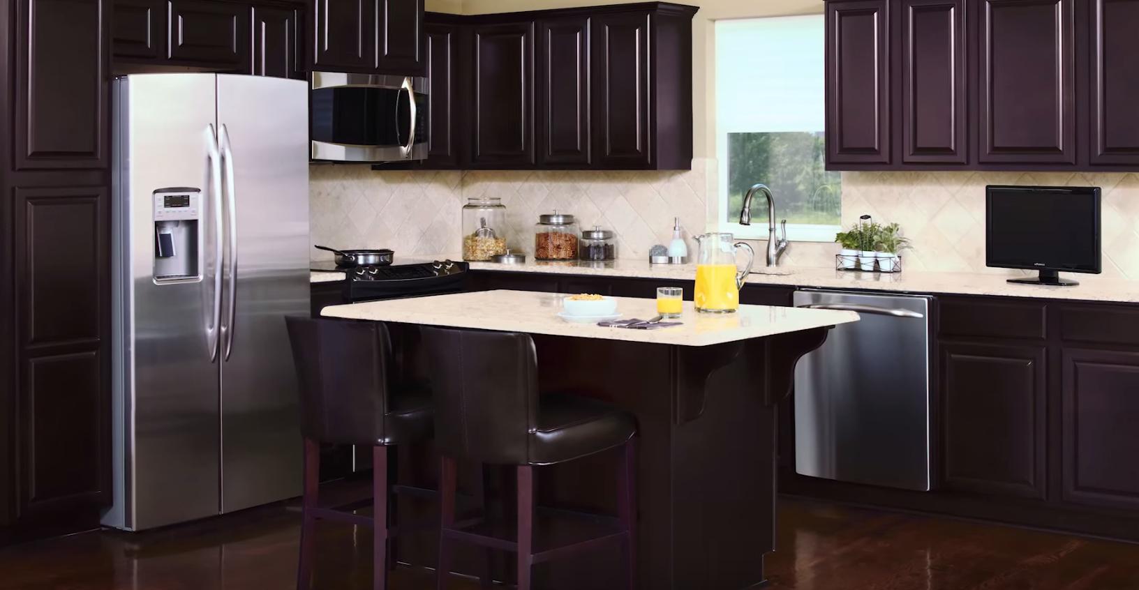 キッチンのゴミを吸引してくれる、ナイスな「電動ゴミ箱」みたいなヤツ