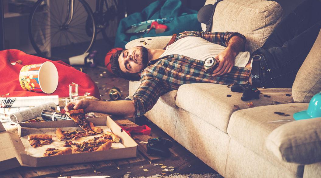 【仰天】世界各地「二日酔いに効く」とされる食べものが、あまりにデンジャラス