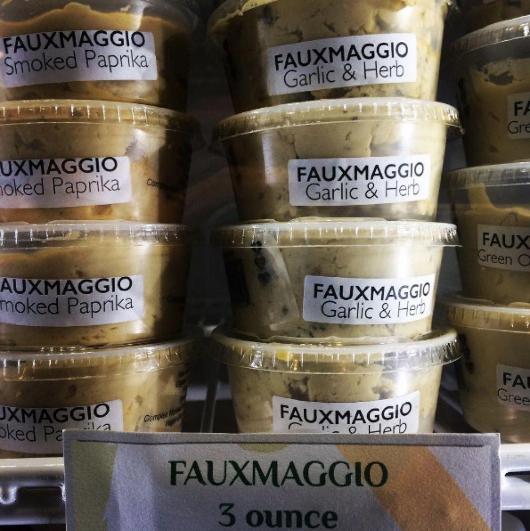 高コレステロールと診断された男性が「大好物のチーズ」を禁止され驚くべき行動に