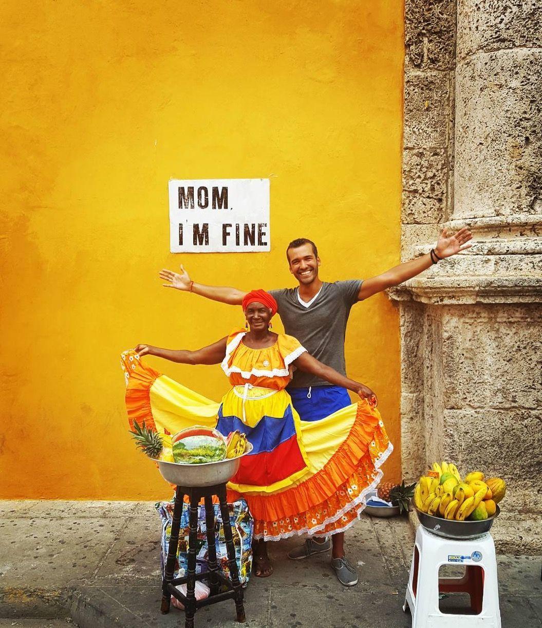 「MOM I'M FINE!」世界中から母親にメッセージを送る旅人にほっこり