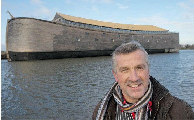 大洪水の夢を見たオランダの男性が「ノアの方舟」を再現