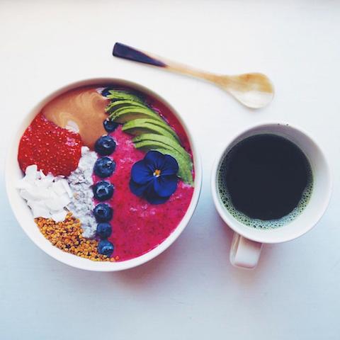 キレイをつくる「私の朝ごはん」スムージーボウル編