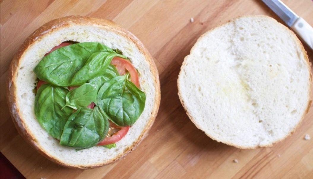 開けてびっくり!ピクニックの定番サンドはコレで決まり