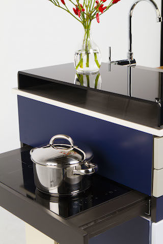 世界最小の「システムキッチン」。もう、我が目を疑うしかない・・・