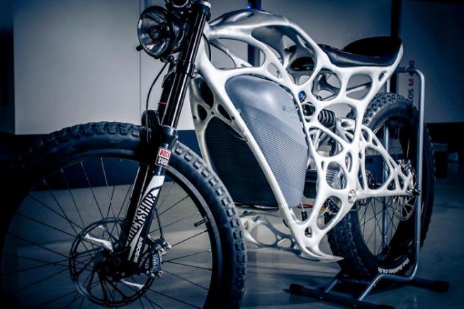 【世界初】エアバス社が3Dプリンターで「電動バイク」を作った理由とは?