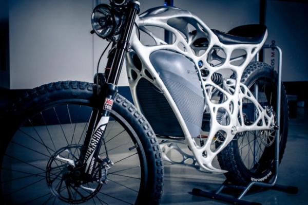 3プリンタとバイクデザイン