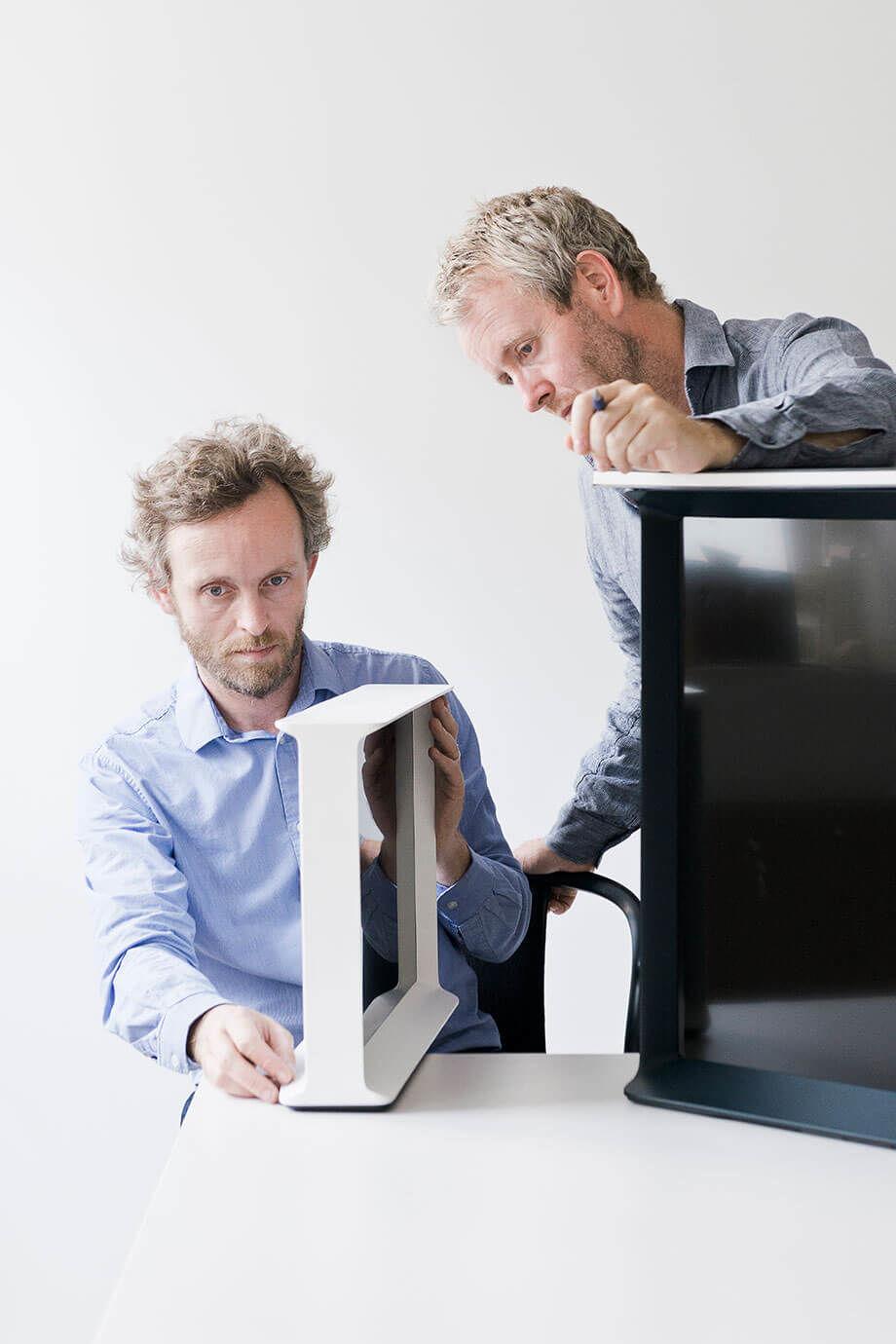 これからのテレビは、薄さよりも「家具」のような存在へ