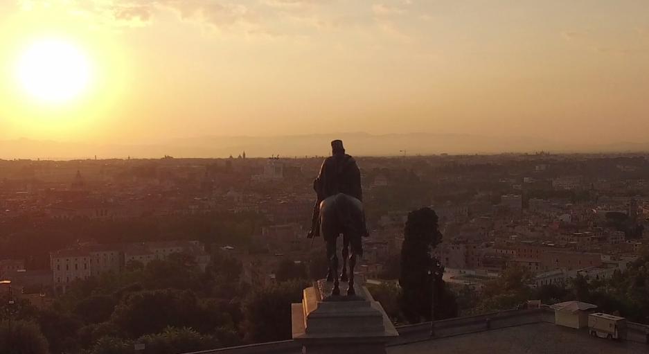 まるで映画の予告編!「ローマの日常」を捉えた映像に見惚れる