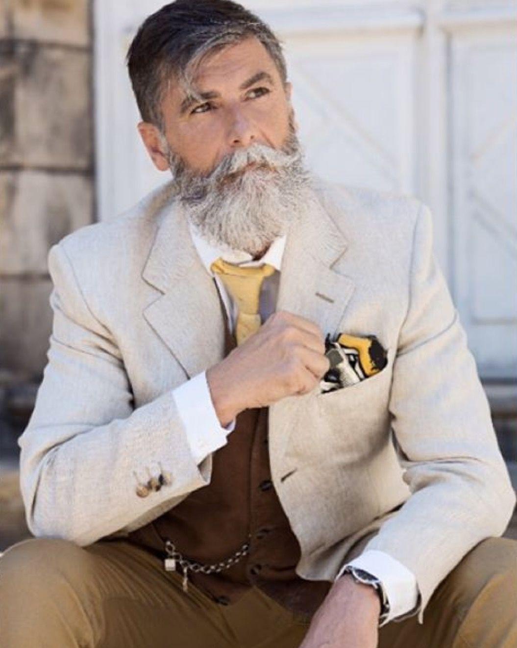 60歳の「新人オジさまモデル」が、眩しすぎるほどダンディー!