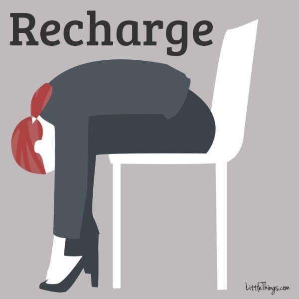 驚くほど簡単!イスに座ったままできる「ストレス解消法・12選」
