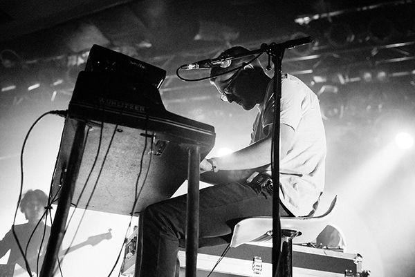 神経科学博士号を持つ異彩音楽家「Floating Points」の東京公演チケットが発売開始(7月2日)