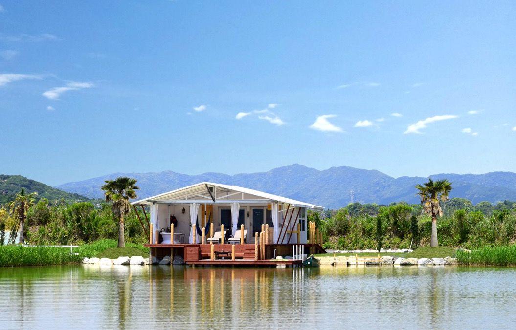 贅沢なキャンプが水上で味わえる「伊勢志摩エバーグレイズ」