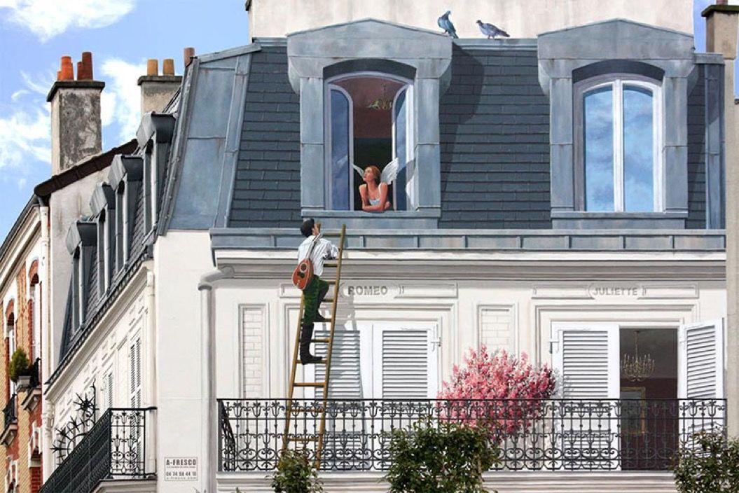古い建物に絵を描き、街を活気づけたアーティスト(フランス)