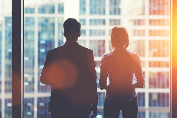 採用で有利なのは、男性と女性どちらなのか。