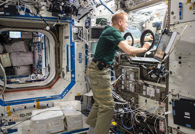 NASA宇宙飛行士を調査してわかった「マルチタスクを円滑にこなす秘訣」。