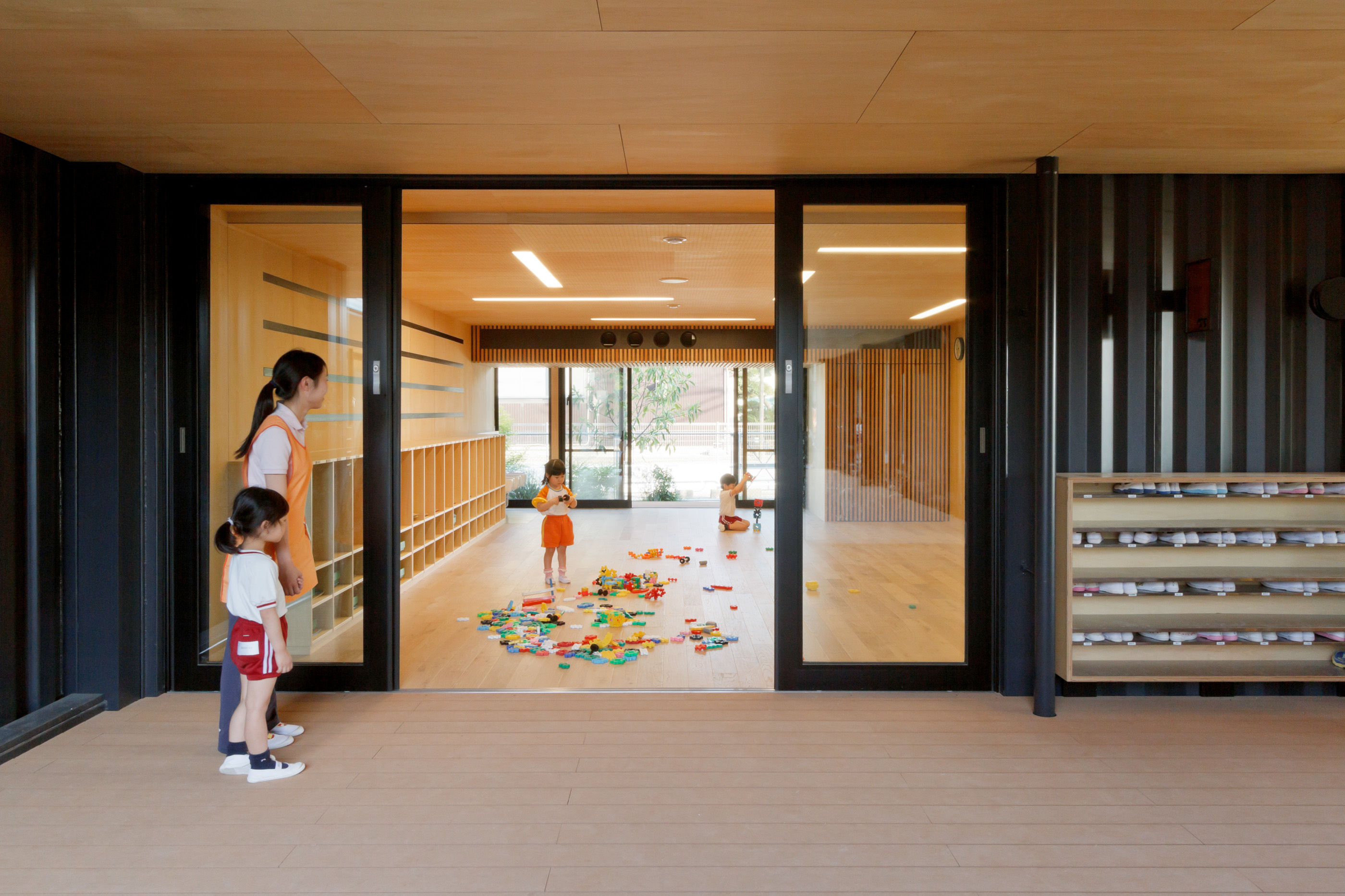 幼稚園のリフォームに「船舶コンテナ」が使われた理由。