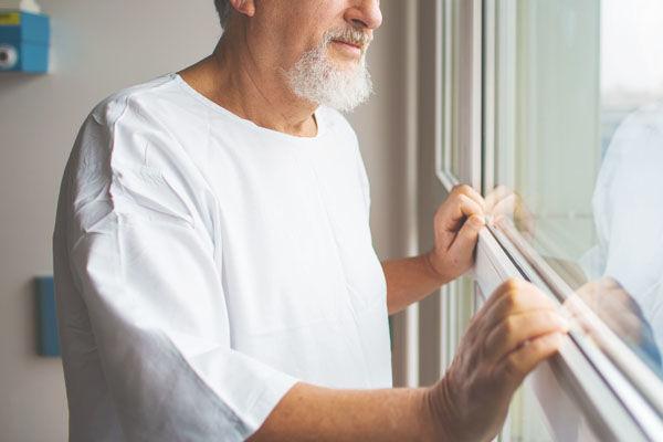 1分で優しくなれる「入院中に、窓際の男とした会話」。