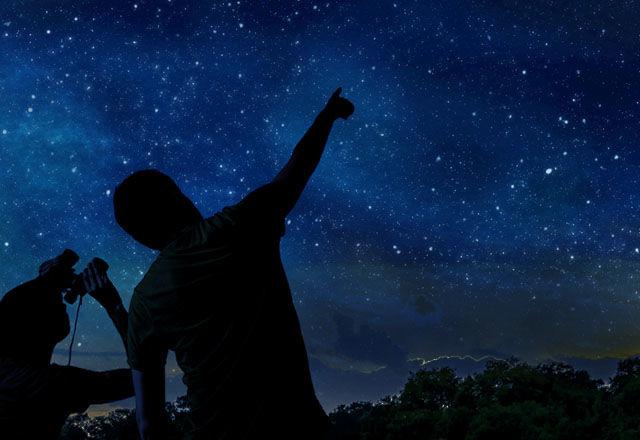 8月の夜は上を向いて歩こう!今年の「ペルセウス座流星群」は観測条件◎