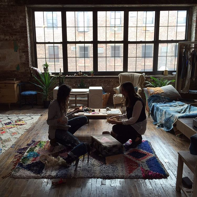 注文が殺到している人気家具の正体は、NYで拾ったゴミだった!?