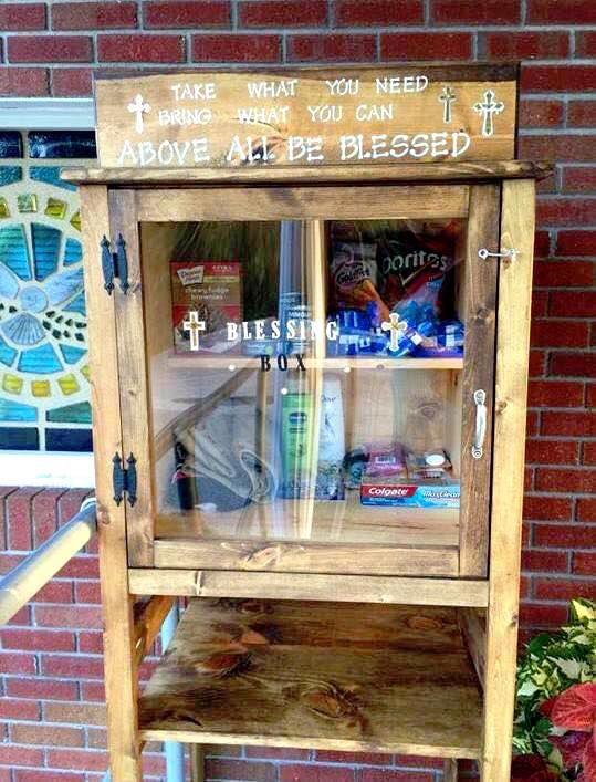 「どうぞご自由に!」米ローカルコミュニティに広がる「やさしさの小箱」